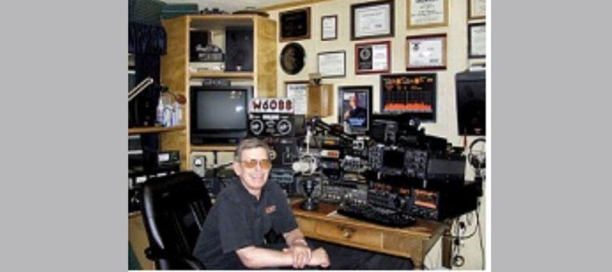 Hosté rozhlasového pořadu ART BELL: Zoufalý telefonát od bývalého zaměstnance AREA 51