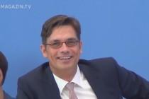 Oficiální postoj vlády a Ministerstva obrany Německa k UFO a německým spisům UFO – srpen 2015 – 2:25 min.