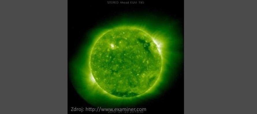 Obrovská UFO kolem Slunce?