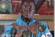 Africký šaman Credo Mutwa o mimozemských únosech a Reptiliánech